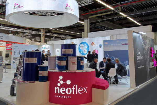 Exposición adhesivos Neoflex